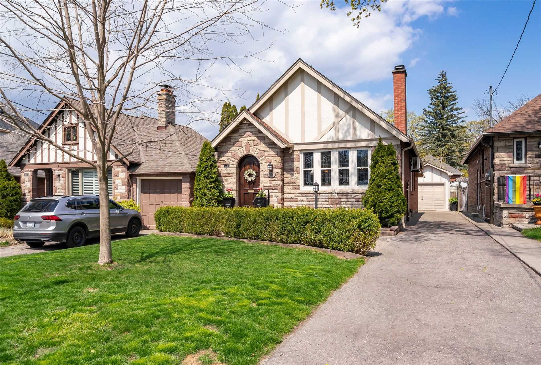 16 Armadale Ave - W5202785- $1,625,000